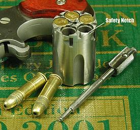 NAA Mini Revolver .22 LR