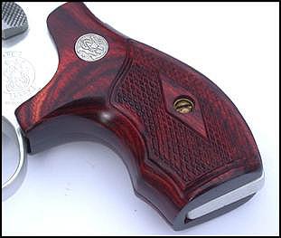 Eagle Secret Service grips for J-Frame revolver